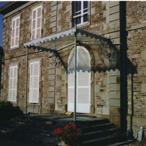 Marquise-fer-forge-sur-colonne